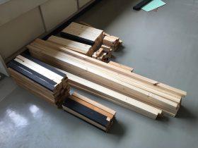 設計図に従って、切り出した木材。これで山台四つと階段3つ分ぐらいです。