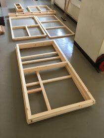 立体物を作るときは、とりあえず上面と下面の枠を作ることが多いです。